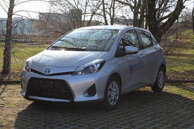Toyota Yaris Hybrid - Argent